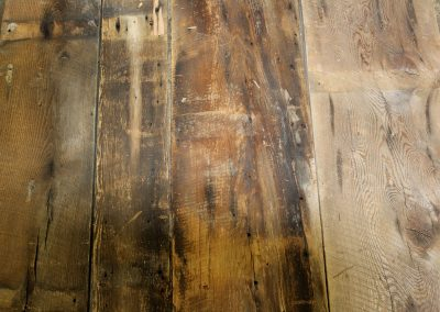 These boards are very unique in that many of them have not seen the sun since the barns were built. Brown boards come in a variety of shades, from a blonde natural look to a rich golden brown. Many times the original circle saw marks still show very distinctly